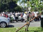 kecelakaan-antara-kereta-api-dan-minibus-di-kecamatan-koto-tangah.jpg