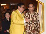 ketua-umum-partai-golkar-airlangga-hartarto-bersama-presiden-joko-widodo.jpg