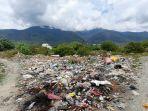 kondisi-jl-kamboja-ll-kelurahan-balaroa-menjadi-tempat-pembuangan-sampah.jpg