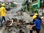 luwuk-terendam-banjir-1.jpg<pf>luwuk-terendam-banjir-2.jpg<pf>luwuk-terendam-banjir-3.jpg<pf>luwuk-terendam-banjir-4.jpg<pf>luwuk-terendam-banjir-5.jpg