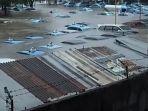 mobil-mobil-taksi-di-pool-bluebird-taksi-kramat-jati-yang-terendam-akibat-banjir-rabu-112020.jpg
