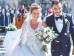 oliveira-menikah.jpg