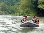 operasi-pencarian-korban-hanyut-di-sungai-bolo-boloa-kelurahan-sisipan-kecamatan-batui.jpg
