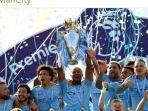 para-pemain-manchester-city-merayakan-keberhasilan-menjuarai-liga-inggris-2018-2019.jpg