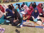 para-siswa-menggelar-doa-bersama.jpg