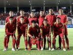 pemain-timnas-indonesia-u-19-foto-bersama-sebelum-melawan-timnas-timor-leste-u-19.jpg