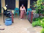 pemukiman-warga-di-kecamatan-balantak-selatan-kabupaten-banggai-terendam-banjir-1.jpg<pf>pemukiman-warga-di-kecamatan-balantak-selatan-kabupaten-banggai-terendam-banjir-2.jpg<pf>pemukiman-warga-di-kecamatan-balantak-selatan-kabupaten-banggai-terendam-banjir-3.jpg<pf>pemukiman-warga-di-kecamatan-balantak-selatan-kabupaten-banggai-terendam-banjir-4.jpg<pf>pemukiman-warga-di-kecamatan-balantak-selatan-kabupaten-banggai-terendam-banjir-5.jpg<pf>pemukiman-warga-di-kecamatan-balantak-selatan-kabupaten