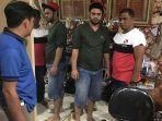 penangkapan-artis-rio-reifan-karena-kasus-penyalahgunaan-narkoba.jpg