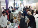pengunjung-gramedia-store-palu-di-hari-pertama-buka-sabtu-30112019.jpg