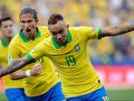 penyerang-brasil-everton-soares-merayakan-golnya-di-copa-america-2019.jpg