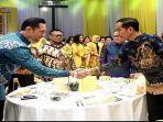 pertemuan-perdana-jokowi-dan-ahy-usai-pembentukan-kabinet.jpg