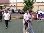 petugas-kepolisian-bogor-mengamankan-sejumlah-pelajar-yang-hendak-ke-jakarta.jpg