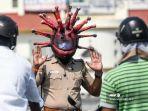 polisi-di-india-kenakan-helm-berbentuk-virus-corona.jpg