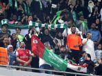 potret-wanita-di-arab-diperbolehkan-menyaksikan-pertandingan-di-stadion.jpg