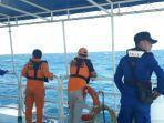 proses-pencarian-korban-kapal-yang-karam-di-perairan-taliabu-senea.jpg