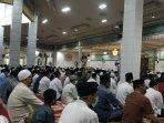 salat-id-masjid-raya-sulteng.jpg