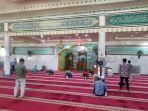 sejumlah-jamaah-masjid-raya-baiturrahim-palu.jpg