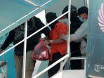 seorang-terduga-teroris-ditangkap-densus-88-tiba-di-soekarno-hatta.jpg