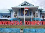suasana-di-depan-kampus-untika-luwuk-kabupaten-banggai-sulawesi-tengah.jpg