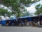 suasana-pembangunan-lapak-dagangan-perlengkapan-muslim-di-jl-sis-aljufri-kelurahan-siranindi.jpg