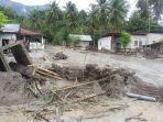suasana-posko-pengungsian-huntara-desa-beka-kecamatan-marawola.jpg