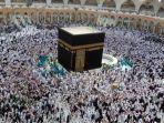 suasana-tawaf-di-kakbah-pada-25-ramadan.jpg