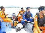 tim-rescue-saat-melakukan-pencarian-terhadap-seorang-nelayan-yang-hilang.jpg