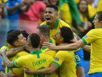 tim-tuan-rumah-brasil-saat-mengalahkan-peru-di-fase-grup.jpg