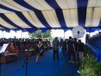 uasana-wisuda-di-hari-ketiga-di-universitas-tadulakojl-soekarno-hatta-kelurahan-tondo.jpg
