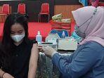 vaksinasi-covid-di-untad-1.jpg