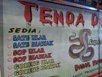 warung-tenda-sate-kobra-di-kawasan-kuliner-pasar-lama-kota-tangerang-selasa-24122019.jpg