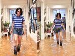 yuni-shara-foto-di-tengah-banjir-di-dalam-rumahnya-rabu-112020.jpg