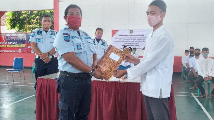 Edi Sutiawan Senang Dapat Program Asimilasi dari Rutan Klas IIB Batang