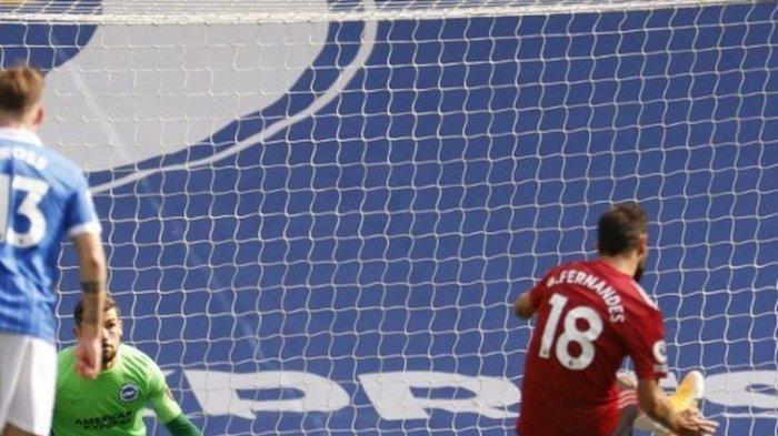 Manchester United Berbagi Puncak Klasemen Bersama Liverpool Setelah Tundukan Aston Villa 2-1
