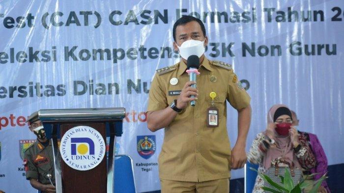 Bupati Wihaji Tinjau Lokasi Tes SKD CASN 2021, Pastikan Pelaksanaan Seleksi Sesuai Prokes