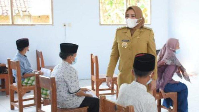 Wajib Vaksin, Bupati Fadia: Syarat Bagi Pelajar untuk Bisa Kembali Masuk Sekolah