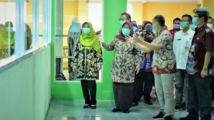 Bupati Tegal Umi Azizah Positif Covid-19, Rasakan Gejala Klinis Ini, Dirawat di RSUD dr Soeselo