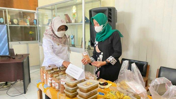 Nglarisi Jajan Wonge Dewek, Program Pemkab Tegal Bantu Pelaku UMKM di Masa Pandemi