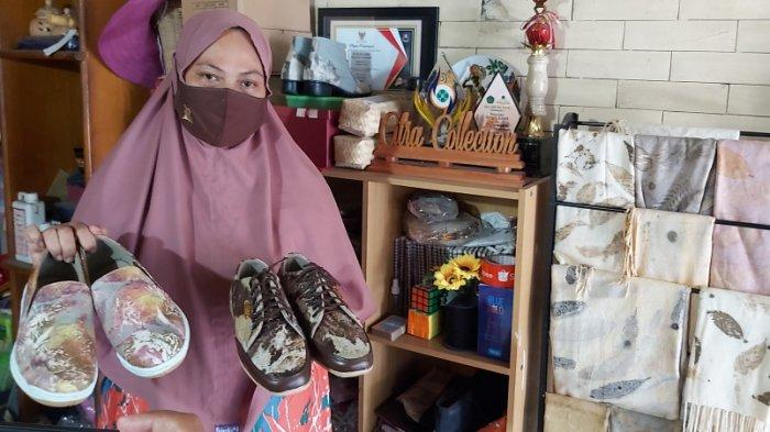 Kerajinan Ecoprint Warga Tegal Ini Terjual Sampai Mancanegara, Sepatu Kulit Kambing Raih Juara