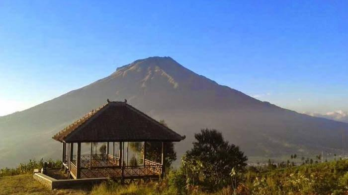 Menilik Wisata Negeri di Atas Awan Kaki Gunung Sindoro Temanggung