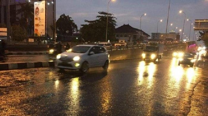 Waspadai Hujan Siang hingga Malam, Prakiraan Cuaca BMKG Pekalongan Raya Selasa 14 September 2021