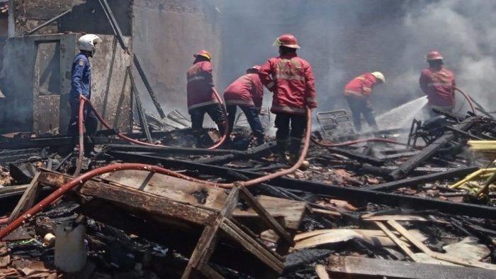 Dua Rumah di Cepiring Kendal Hangus Terbakar, Polisi: Diduga Gara-gara Selang Gas Elpiji Bocor