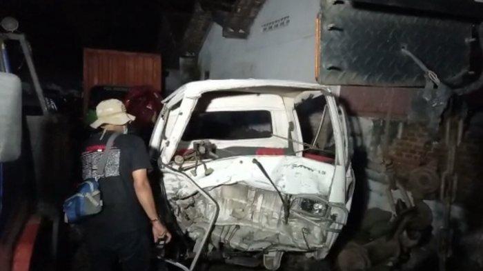 Kecelakaan Mobil Pikap Bawa Rombongan Warga Cikura Tegal Terjun ke Parit, Dua Orang Meninggal Dunia