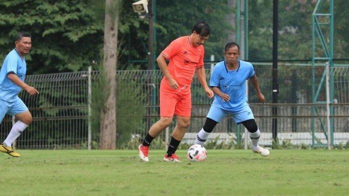 Cetak Gol Terakhir lalu Jatuh Tengkurap di Lapangan, Kronologi Meninggalnya Ricky Yacob