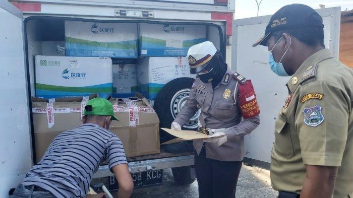 Kisah Ahmad, Bersyukur Diloloskan Petugas Razia PPKM Darurat di Tegal, Ternyata Bawa Muatan Ini