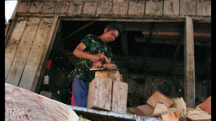 Jatuh Bangun Perajin Ganjel Truk Alas Roban Batang, Justru Tidak Terpengaruh Pandemi Covid-19