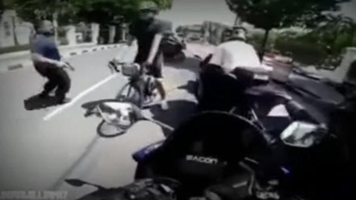 Viral Video Pengendara Moge Ditendang dan Dilumpuhkan Paspampres Berpistol, Wisnu: Bisa Ditembak