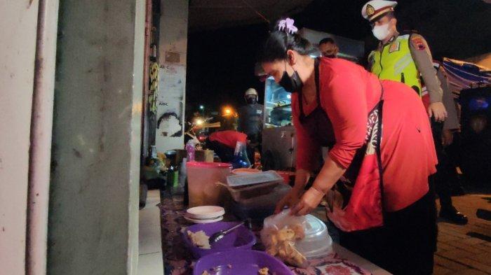 Polisi di Banyumas Borong Gorengan saat Razia PPKM Darurat, Heri: Alhamdulillah Dapat Rp300.000