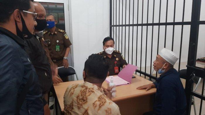 Duduk Perkara Pelawak Qomar Dipenjara, Bermula dari Jabatan Rektor Umus Brebes