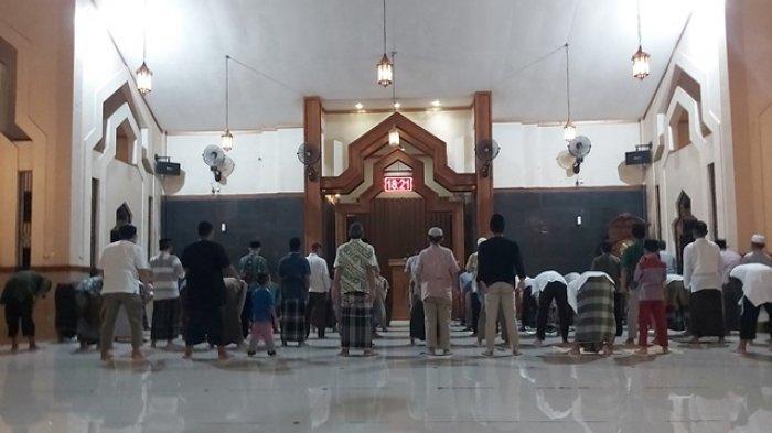 Imam Masjid Raya Al Khuzaemah Minta Fenomena Gerhana Bulan Bisa Diambil Hikmahnya